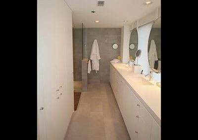 Bath Show Case
